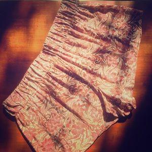 O'Neil • Flowy Floral shorts